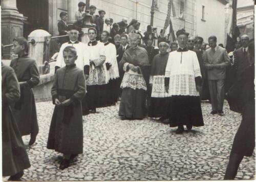 1938c. D.Giacomo  D. Manfredi  D. Mario  Vescovo D. Gregorio-319