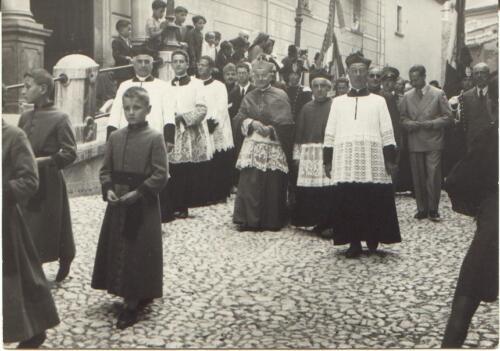 D. Gregorio  D. Pietro  Vescovo Rotolo-368