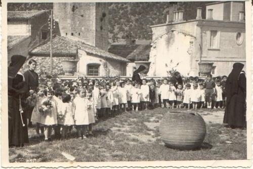 asilo 1954 55-329